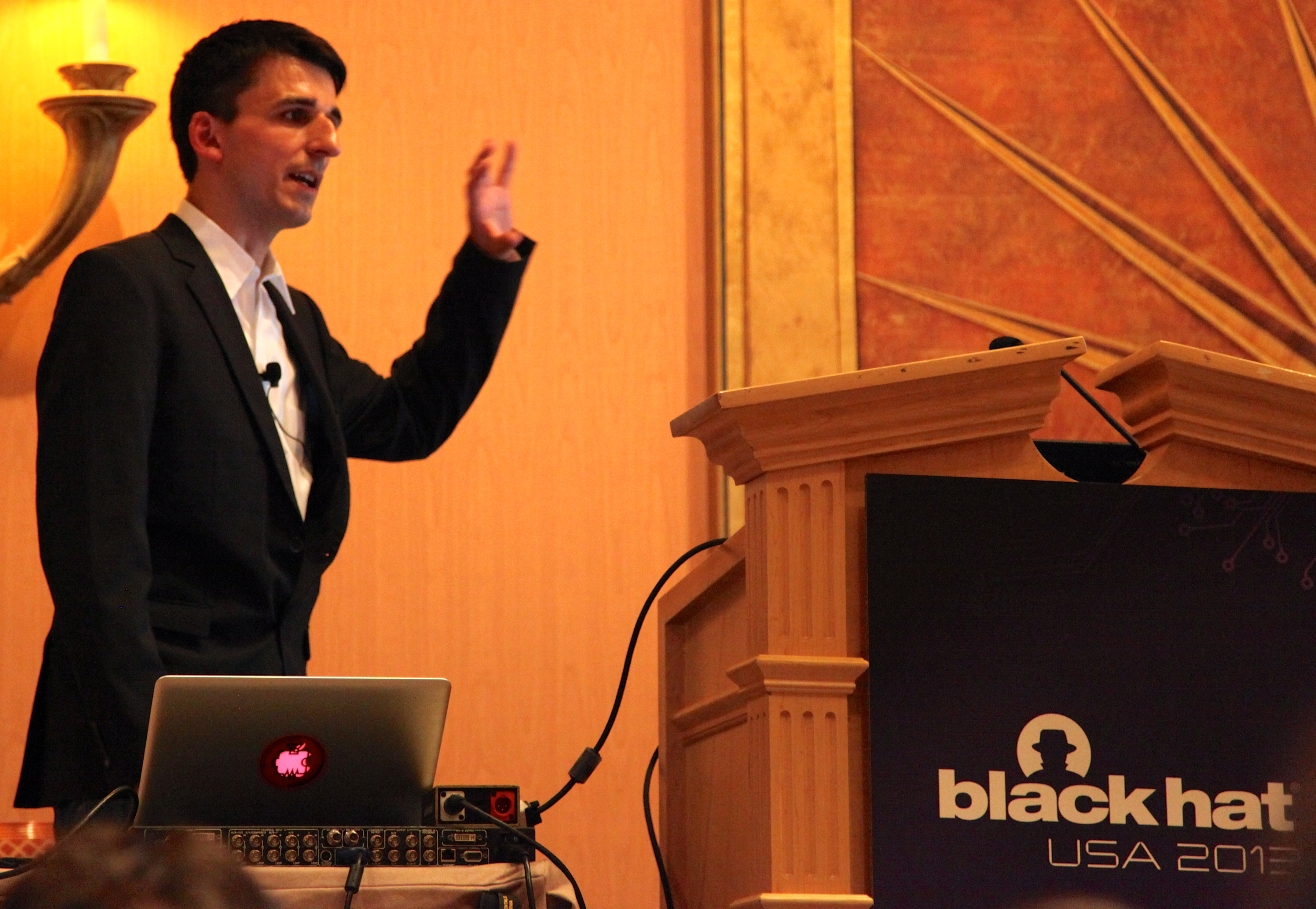 Inside the Security Model of BlackBerry 10
