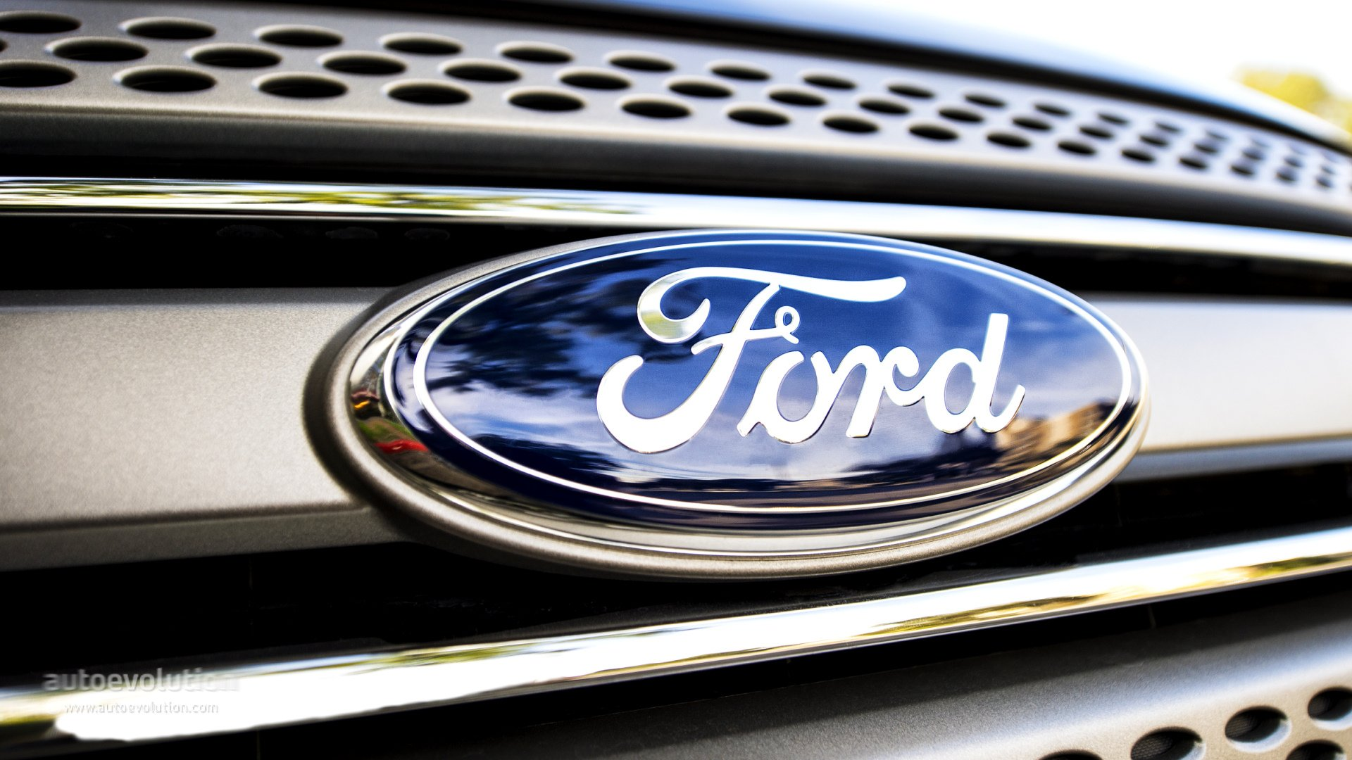 Ford Eyes Using Personal Data to Boost Profits