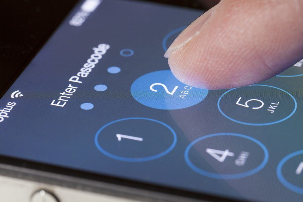 Apple Claims Google is Spreading FUD Over Patched iPhone
