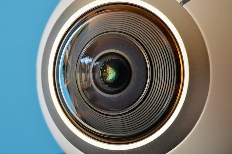 smartphone camera hack